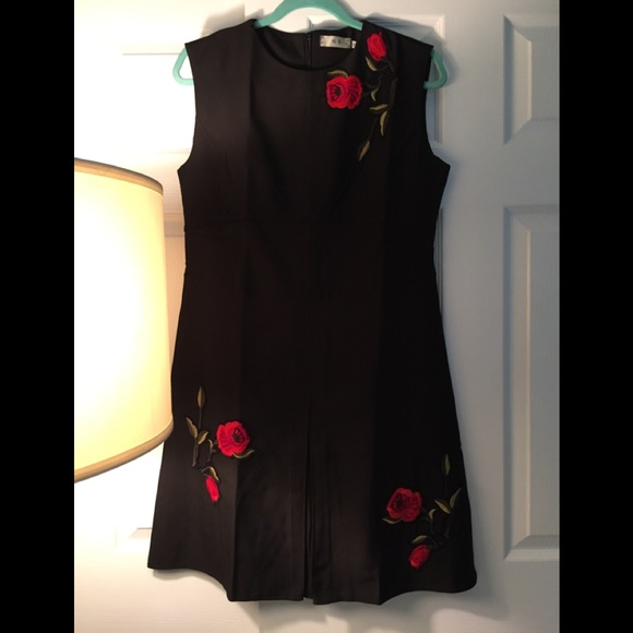 Dresses & Skirts - Women Black Dress with Red Roses